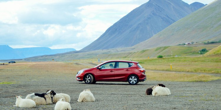 Choosing a car rental Iceland