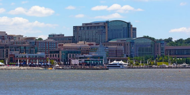 National Harbor Hotels