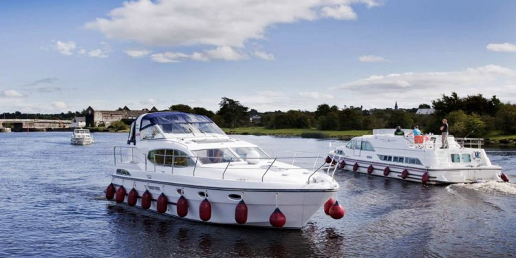 Shannon river boat rentals